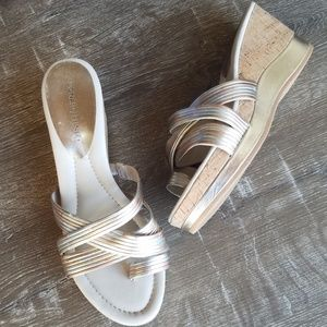 "Donald J. Pliner ""Lettie"" Wedge Sandals Size 10M"